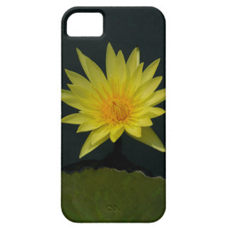 Coque Barely There iPhone 5 Nénuphar jaune de Lotus