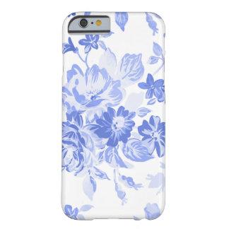 Coque Barely There iPhone 6 Beau motif floral bleu pour le jour de mère