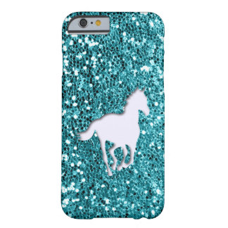 Coque Barely There iPhone 6 Cheval blanc sur le regard de scintillement d'Aqua