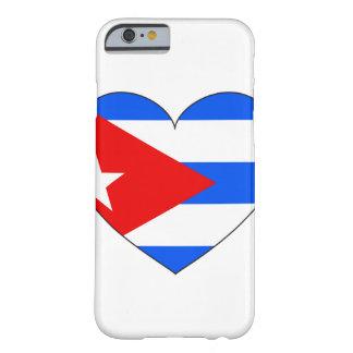 Coque Barely There iPhone 6 Coeur de drapeau du Cuba