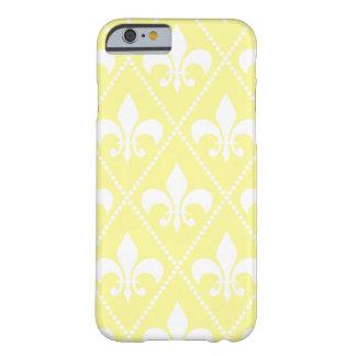 Coque Barely There iPhone 6 Cream Fleur de Lis