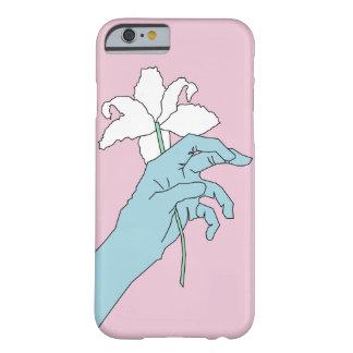 Coque Barely There iPhone 6 Main bleue de fleur