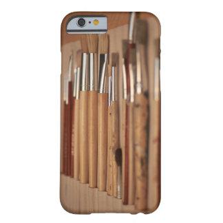 Coque Barely There iPhone 6 Outils d'artistes - cas de l'iPhone 6 de pinceaux