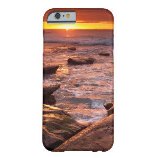 Coque Barely There iPhone 6 Piscines de marée au coucher du soleil, la