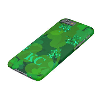 Coque Barely There iPhone 6 Shamrocks chanceux de scintillement - trèfles