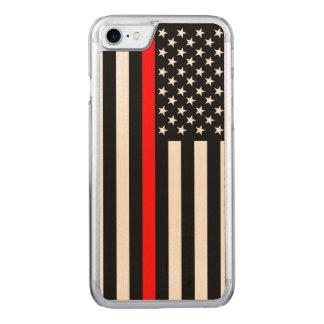 Coque Carved iPhone 8/7 Ligne rouge mince symbole de drapeau américain sur