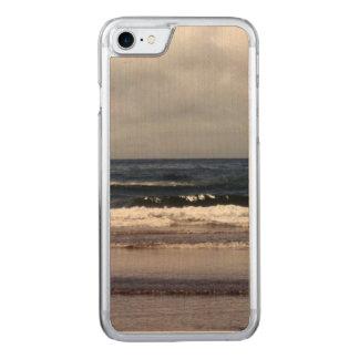 Coque Carved iPhone 8/7 Vagues dans l'océan pacifique