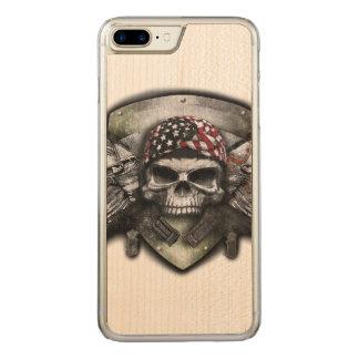 Coque Carved iPhone 8 Plus/7 Plus Crâne militaire avec la guerre croisée de Special