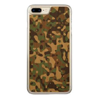 Coque Carved iPhone 8 Plus/7 Plus Région boisée Camo
