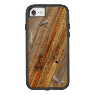 Coque Case-Mate Tough Extreme iPhone 7 Diagonale en bois de planche