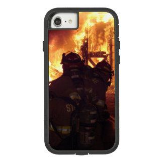 Coque Case-Mate Tough Extreme iPhone 8/7 Le feu de lutte contre l'incendie de structure