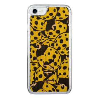 Coque En Bois iPhone 7 Coccinelle jaune