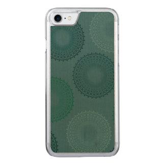 Coque En Bois iPhone 7 Napperon turquoise fatigué de dentelle