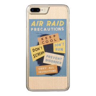 Coque En Bois iPhone 7 Plus Affiche vintage de WPA de précautions de raid