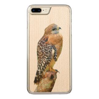 Coque En Bois iPhone 7 Plus Faucon Rouge-Épaulé