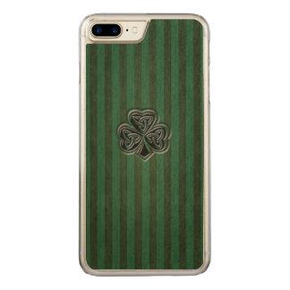 Coque En Bois iPhone 7 Plus Shamrock chanceux irlandais à la mode de grundge