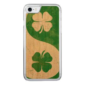 Coque En Bois iPhone 7 Shamrock irlandais Yin Yang