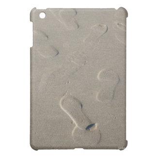 Coque iPad Mini Empreintes de pas sur la plage