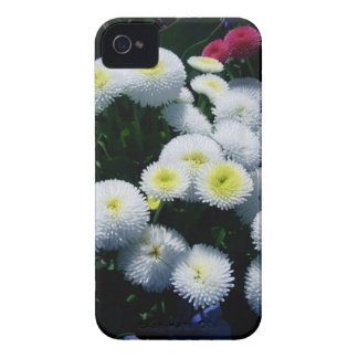 Coque iPhone 4 Case-Mate Chrysanthèmes blancs et rouges
