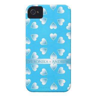 Coque iPhone 4 Case-Mate Coeurs bleus assez petits. Ajoutez votre propre