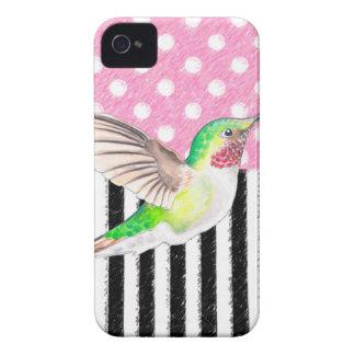 Coque iPhone 4 Case-Mate Point de polka rose de colibri