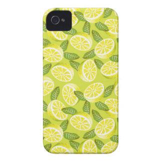 Coque iPhone 4 Case-Mate Tranches et feuille jaunes de citron d'été sur le