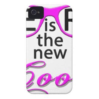 Coque iPhone 4 Le BALLOT est le nouveau cool - manuscrit rose