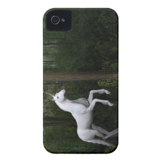 Coque iPhone 4 Licorne blanche majestueuse