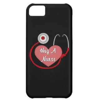 Coque iPhone 5C Étreignez une infirmière