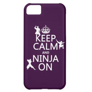 Coque iPhone 5C Gardez le calme et le Ninja sur (dans toute