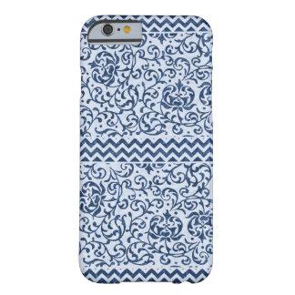 Coque iPhone 6 Barely There Arts bleus et blancs et métiers floraux