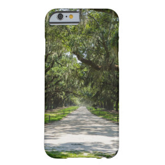 Coque iPhone 6 Barely There Avenue des chênes