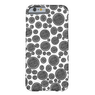 Coque iPhone 6 Barely There Bulles foncées