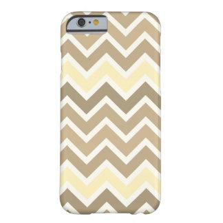 Coque iPhone 6 Barely There Caisse multicolore de téléphone de zigzag