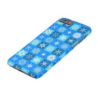 Coque iPhone 6 Barely There Carrés de flocon de neige sur le bleu