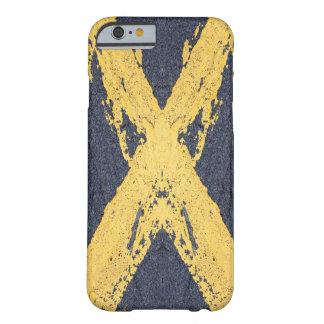 Coque iPhone 6 Barely There Croix jaune peinte