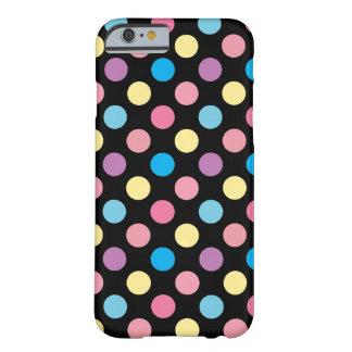 Coque iPhone 6 Barely There Motif de pois mou Girly mignon de couleurs en