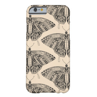 Coque iPhone 6 Barely There noir pâle de pêche de papillon de machaon