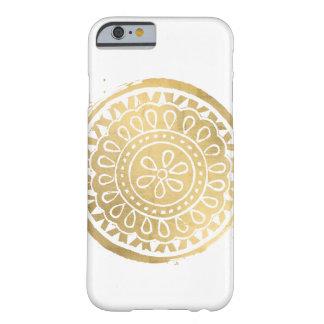 Coque iPhone 6 Barely There Or élégant de Faux de logo de mandala de beauté