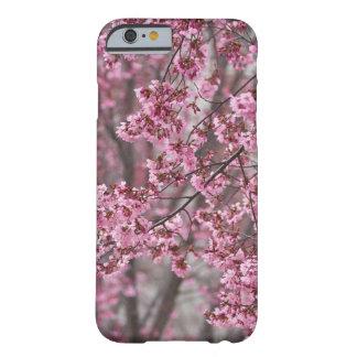 Coque iPhone 6 Barely There Rose débordant de fleurs de cerisier de Sakura
