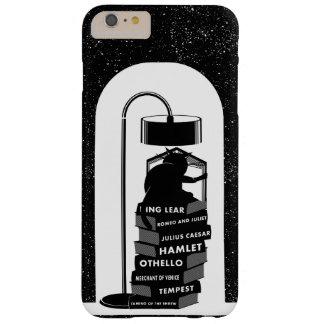 Coque iPhone 6 Plus Barely There Chat noir lisant des jeux de Shakespeare