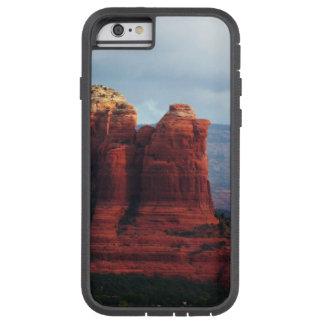 Coque iPhone 6 Tough Xtreme Roche nuageuse de pot de café dans Sedona Arizona