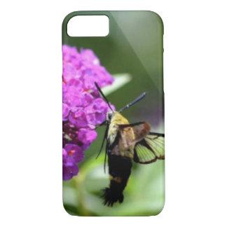 Coque iPhone 7 Abeille sur une fleur