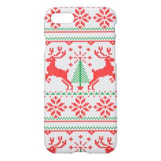 Coque iPhone 7 Cerfs communs laids de chandail de Noël blanc de