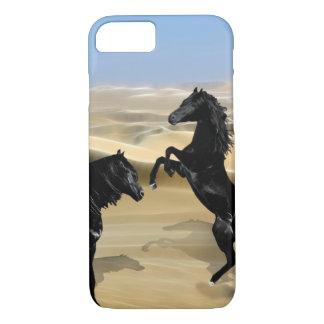 Coque iPhone 7 Chevaux noirs sauvages de beauté