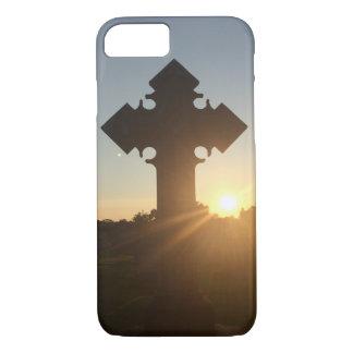 Coque iPhone 7 Coucher du soleil sur la croix