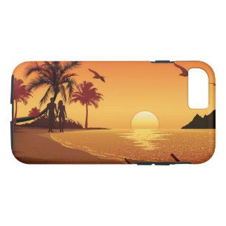 Coque iPhone 7 Couples marchant sur la plage