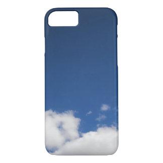 Coque iPhone 7 Le ciel bleu et le blanc opacifie la caisse de