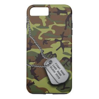 Coque iPhone 7 Plus Camo vert avec des étiquettes de chien