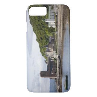Coque iPhone 7 Vue côtière avec les bâtiments historiques, Oban,